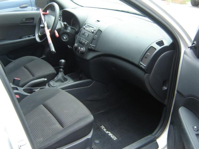 2010 Hyundai Elantra Touring GLS Blanc Garage JM Boilard